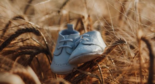 An image of baby shoes.